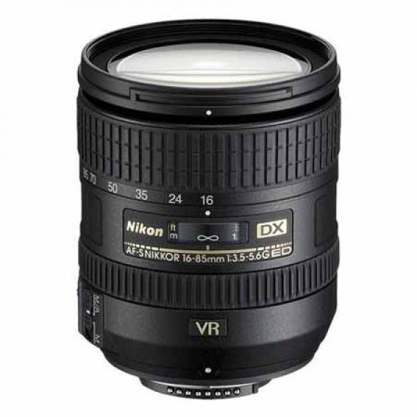 Nikon 16-85mm f/3,5-5,6G VR